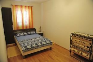 ana bedroom